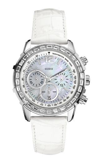 99702409 Часы женские Guess W0017L1 спортивные, круглые, перламутр с камнями и  гарантией 24 месяца